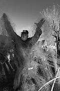 Comunidade do Porto no município de  Santa Vitória do no Rio Grande do Sul. Pescador Aposentado Natálio Almada e seu neto Emiliano
