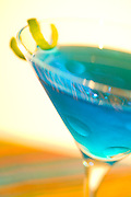 Martini, blue, vodka, twist, shaken, blur