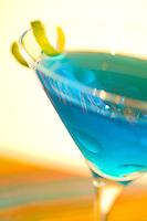 Martini, blue, vodka, twist, shaken, blur