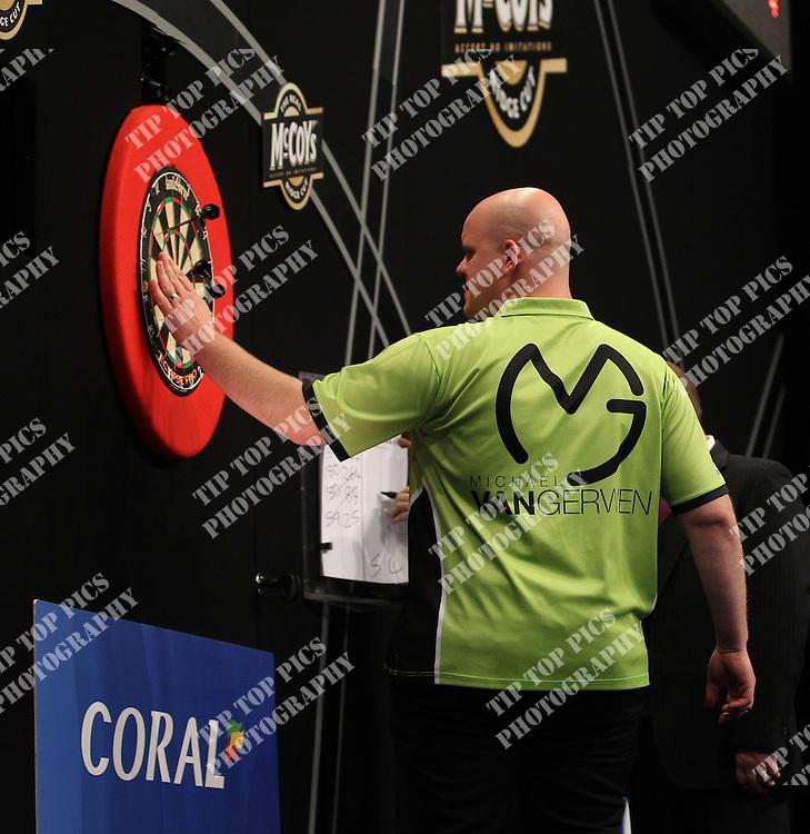 O2 arena London, Prem Final 2013, Phil Taylor, Michael Van Gerwin, Darts, Pdc