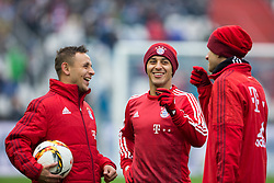 16.01.2016, Wildparkstadion, Karlsruhe, GER, Testspiel, Karlsruher SC vs FC Bayern Muenchen, im Bild Rafinha (FC Bayern Muenchen), Thiago (FC Bayern Muenchen) und Thomas Mueller (FC Bayern Muenchen) albern miteinander rum // during a preperation Football Match between Karlsruher SC and FC Bayern Munich at the Wildparkstadion in Karlsruhe, Germany on 2016/01/16. EXPA Pictures © 2016, PhotoCredit: EXPA/ Eibner-Pressefoto/ Neis<br /> <br /> *****ATTENTION - OUT of GER*****