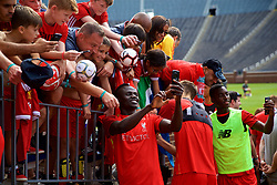 ANN ARBOR, USA - Friday, July 27, 2018: Liverpool's Sadio Mane takes a selfie with a supporter after a training session ahead of the preseason International Champions Cup match between Manchester United FC and Liverpool FC at the Michigan Stadium. (Pic by David Rawcliffe/Propaganda)