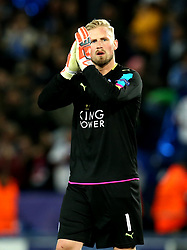 Kasper Schmeichel of Leicester City applauds the fans after the defeat to Atletico Madrid in the UEFA Champions League Quarter-Final  - Mandatory by-line: Robbie Stephenson/JMP - 18/04/2017 - FOOTBALL - King Power Stadium - Leicester, England - Leicester City v Atletico Madrid - UEFA Champions League Quarter-Final Second Leg