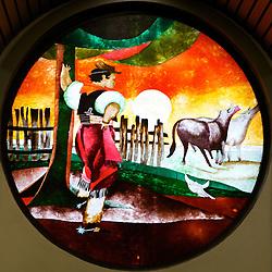 Vitrôs com temas gauchescos que decoram o supermercado Zaffari Higienópolis. FOTO: Jefferson Bernardes/Preview.com