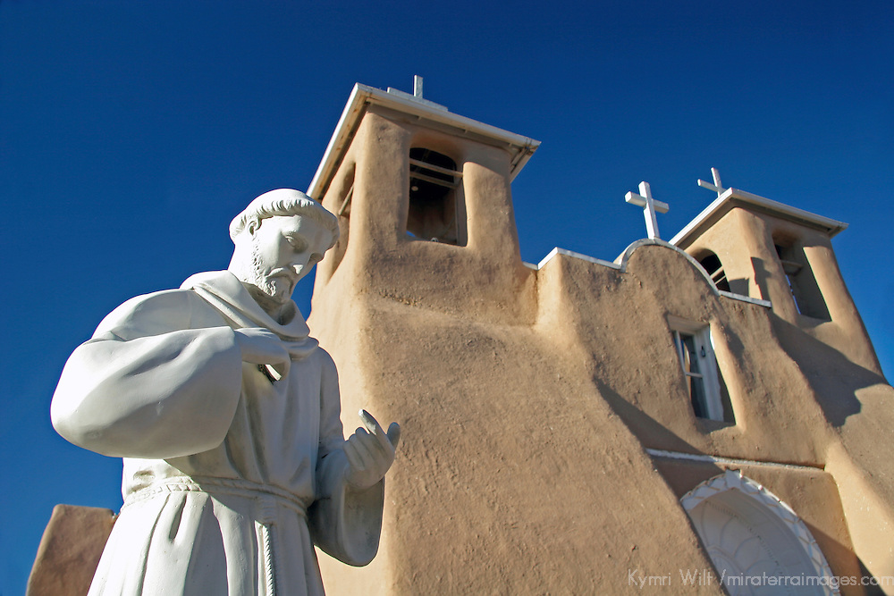 USA, New Mexico, Taos. The San Francisco de Asis adobe church, a National Historic landmark in the Land of Enchantment.
