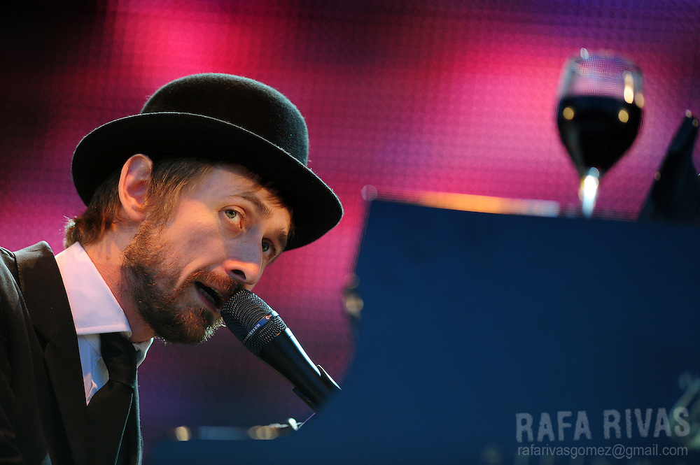 Irish musician Neil Hannon, singer of The Divine Comedy, performs during the 45 Jazzaldia festival, on July 24, 2010, in northern Spanish city of San Sebastian. AFP PHOTO/RAFA RIVAS