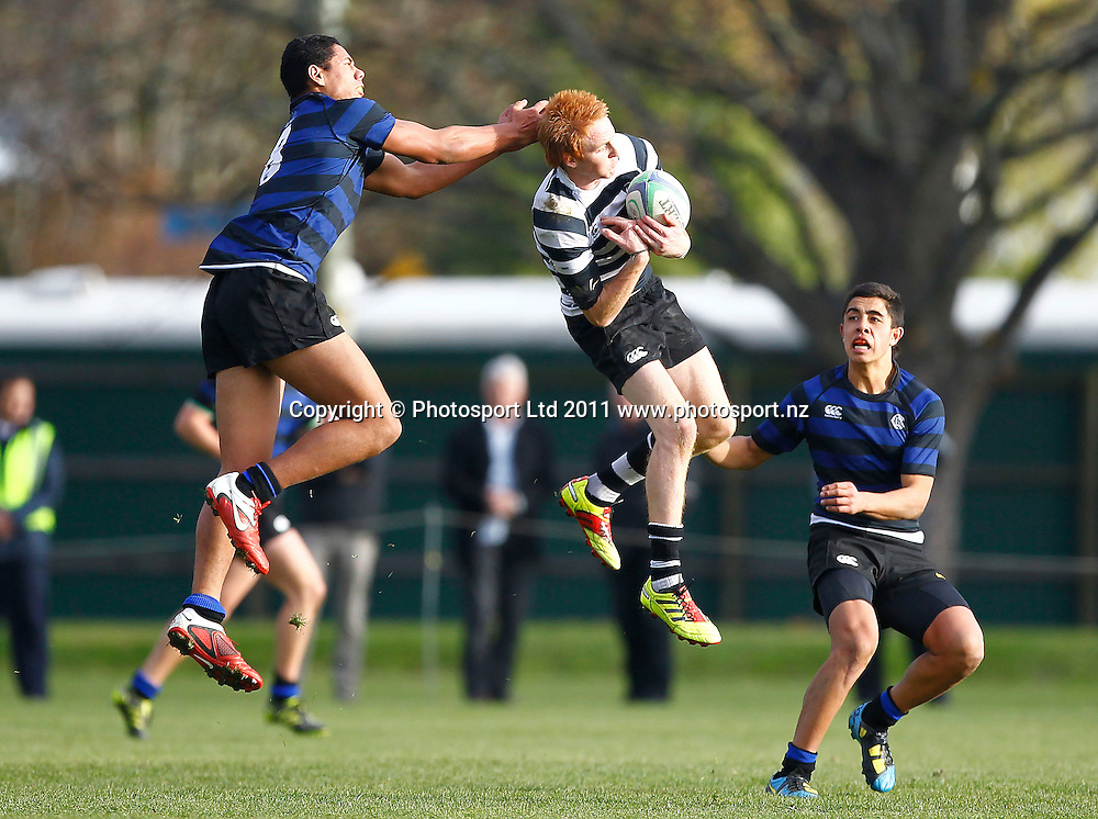CC fullback Sam Chamberlain takes a highball from CBHS No8 Brad Hemopo. 1st XV Rugby, Christchurch Boys High School v Christ's College, Rugby Park, Christchurch, Thursday 2 June 2011 . Photo: Simon Watts / photosport.co.nz