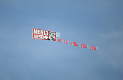 General view as a plane thanking Arsenal manager Arsene Wenger flies over - Mandatory by-line: Jack Phillips/JMP - 13/05/2018 - FOOTBALL - The John Smith's Stadium - Huddersfield, England - Huddersfield Town v Arsenal - English Premier League