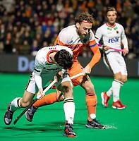 ROTTERDAM - Bob de Voogd (NED) with Teo Hinrichs (Ger)  during  the Pro League hockeymatch men, Netherlands- Germany (0-1). )  WSP COPYRIGHT  KOEN SUYK