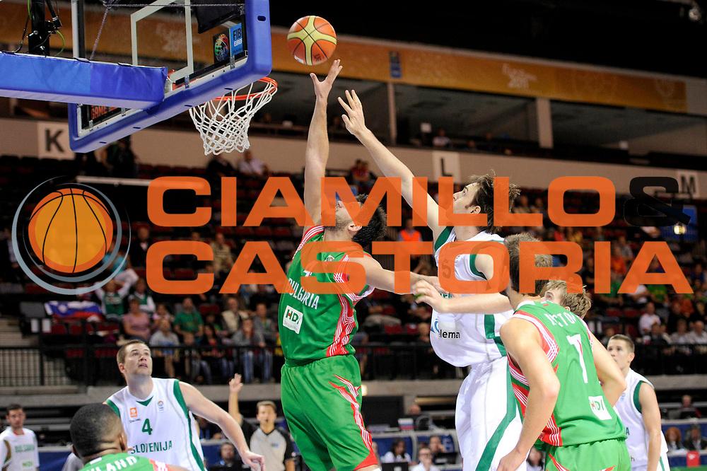 DESCRIZIONE : Klaipeda Lithuania Lituania Eurobasket Men 2011 Preliminary Round Slovenia Bulgaria<br /> GIOCATORE : Dejan Ivanon<br /> SQUADRA : Slovenia Bulgaria<br /> EVENTO : Eurobasket Men 2011<br /> GARA : Slovenia Bulgaria<br /> DATA : 31/08/2011<br /> CATEGORIA : tiro penetrazione<br /> SPORT : Pallacanestro <br /> AUTORE : Agenzia Ciamillo-Castoria/C.De Massis<br /> Galleria : Eurobasket Men 2011<br /> Fotonotizia : Klaipeda Lithuania Lituania Eurobasket Men 2011 Preliminary Round Slovenia Bulgaria<br /> Predefinita :