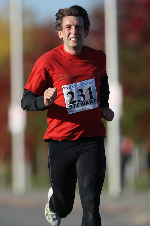 (Ottawa, ON---18 October 2008) TERRY STEWART runs in the 2008 5km challenge at the TransCanada 10km Canadian Road Race Championships. Photography copyright Sean Burges/Mundo Sport Images (www.msievents.com).