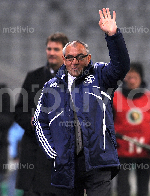 Fussball DFB Pokal , Achtelfinale:  Saison   2009/2010   28.10..2009 TSV 1860 Muenchen - Schalke 04 Trainer , Sportdirektor  Felix Magath (Schalke)