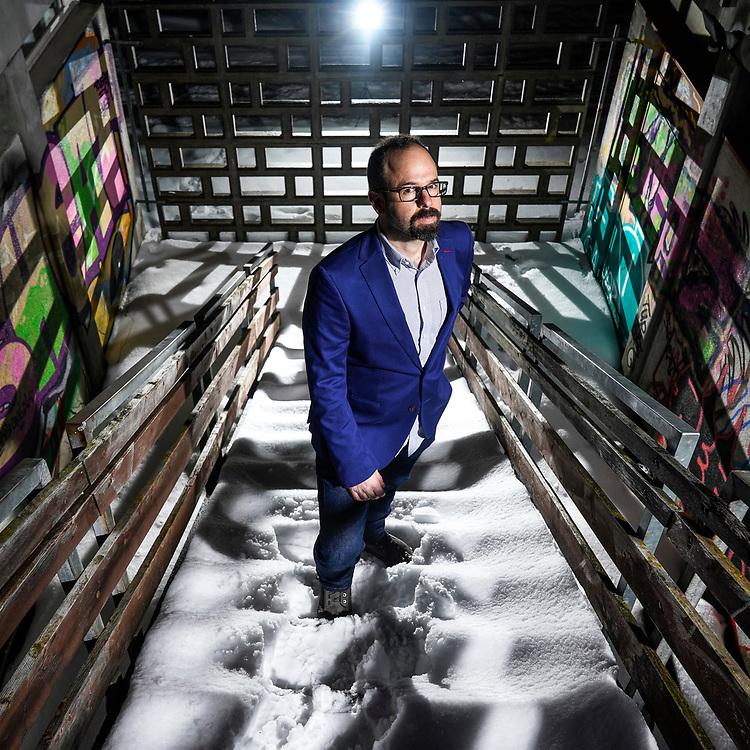 Yves Bennaim, un sp&eacute;cialiste des cryptos, du bitcoin, blockchain.<br /> Gen&egrave;ve mars 2018<br /> &copy; Nicolas Righetti /Lundi13.ch
