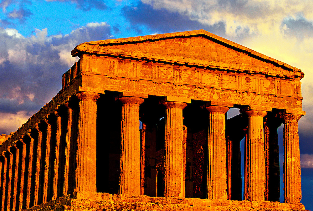 Temple of Concord (Tempio di Concordia), Valley of the Temples (Valle di Templi), Agrigento, Sicily, Italy