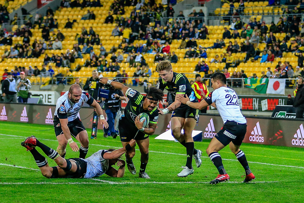 Ardie Savea with the ball during the Super Rugby union game between Hurricanes and Sunwolves, played at Westpac Stadium, Wellington, New Zealand on 27 April 2018.   Hurricanes won 43-15.