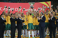 Mile Jedinak lifts the Asian cup after the AFC Asian Cup match at Stadium Australia, Sydney<br /> Picture by Steven Gibson/Focus Images Ltd +61 413 768835<br /> 31/01/2015