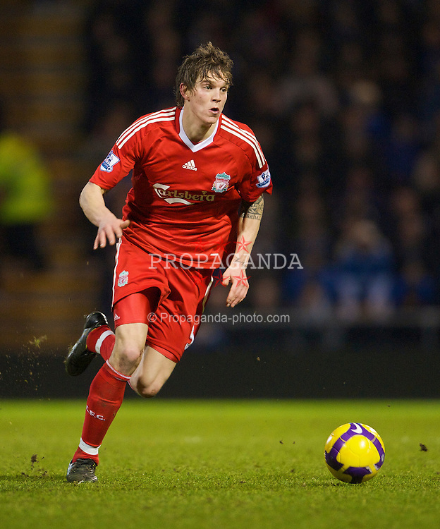 PORTSMOUTH, ENGLAND - Saturday, February 7, 2009: Liverpool's Daniel Agger in action against Portsmouth during the Premiership match at Fratton Park. (Mandatory credit: David Rawcliffe/Propaganda)