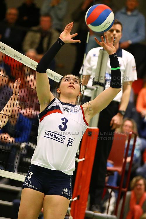 20160319 NED: Volleybal: Sliedrecht Sport - Springendal Set Up 65, Sliedrecht<br />Dani Smith