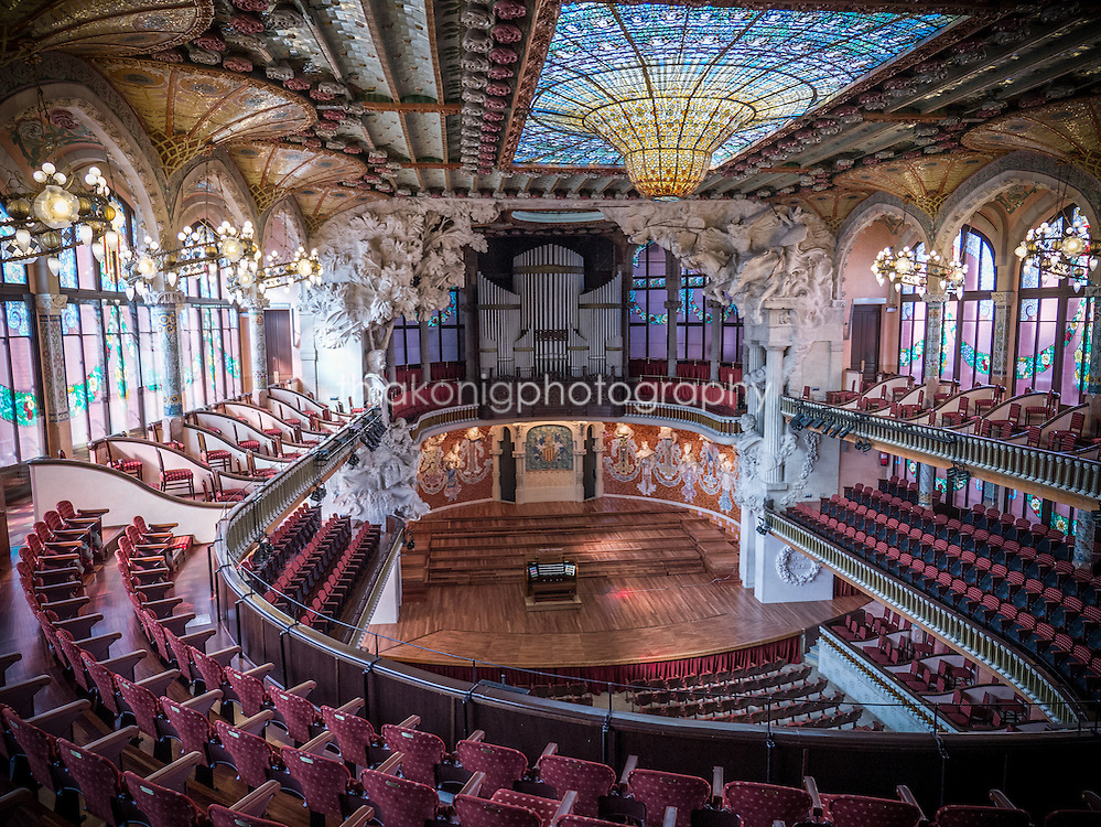 Interior of the Palau de la Musica Catalana, Barcelona, Spain. The Palau de la Música Catalana is a concert hall in Barcelona. Designed in the Catalan modernista style by the architect Lluís Domènech i Montaner, it was built between 1905 and 1908.