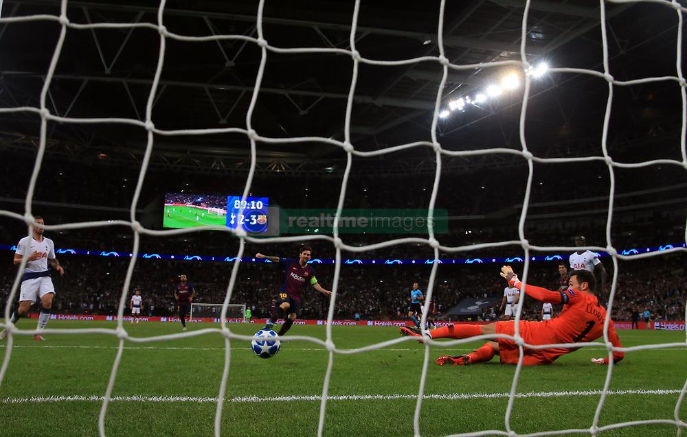صور مباراة : توتنهام - برشلونة 2-4 ( 03-10-2018 )  38929740