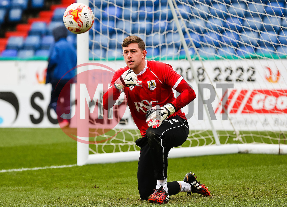 Bristol City's Frank Fielding warms up before the game - Photo mandatory by-line: Matt McNulty/JMP - Mobile: 07966 386802 - 03/04/2015 - SPORT - Football - Oldham - Boundary Park - Oldham Athletic v Bristol City - Sky Bet League One