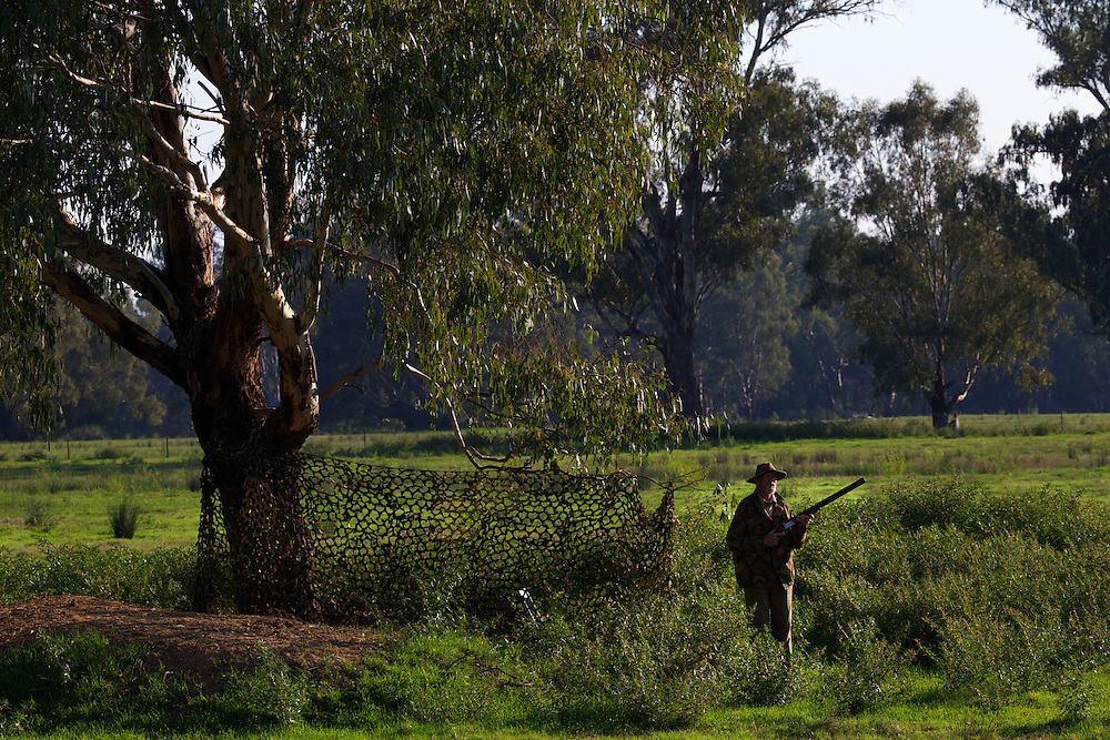 Lionel Swift. Duck hunting season opens near Howlong on the Murray River. Pic By Craig Sillitoe CSZ/The Sunday Age 10/3/2011 melbourne photographers, commercial photographers, industrial photographers, corporate photographer, architectural photographers, This photograph can be used for non commercial uses with attribution. Credit: Craig Sillitoe Photography / http://www.csillitoe.com<br />