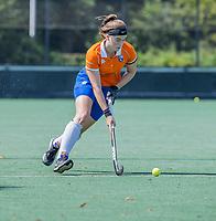 BLOEMENDAAL   -  Demi Hilterman (Bldaal) oefenwedstrijd dames Bloemendaal-Victoria, te voorbereiding seizoen 2020-2021.   COPYRIGHT KOEN SUYK