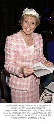TV presenter ANGELA RIPPON  at a luncheon in London on 6th March 2001.<br />OLW 98