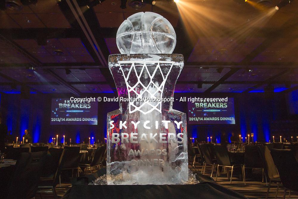 The Ice Sculpture at the Skycity Breakers Awards, 2013-14, Skycity Convention Centre, Auckland, New Zealand, Friday, March 28, 2014. Photo: David Rowland/Photosport