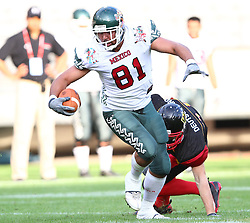 08.07.2011, Tivoli Stadion, Innsbruck, AUT, American Football WM 2011, Group A, Germany (GER) vs Mexico (MEX), im Bild Matthias Eck (Germany, #26, DB) cannot stop Roldan Daniel (Mexico, #81, AC)  // during the American Football World Championship 2011 Group A game, Germany vs Mexico, at Tivoli Stadion, Innsbruck, 2011-07-08, EXPA Pictures © 2011, PhotoCredit: EXPA/ T. Haumer