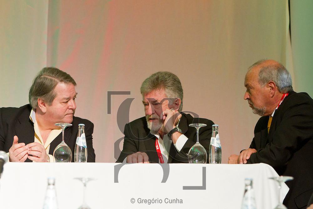 Congresso do PS Madeira.Mota Torres, Emanuel Jardim Fernandes e Maximiano Martins.Foto Gregorio Cunha