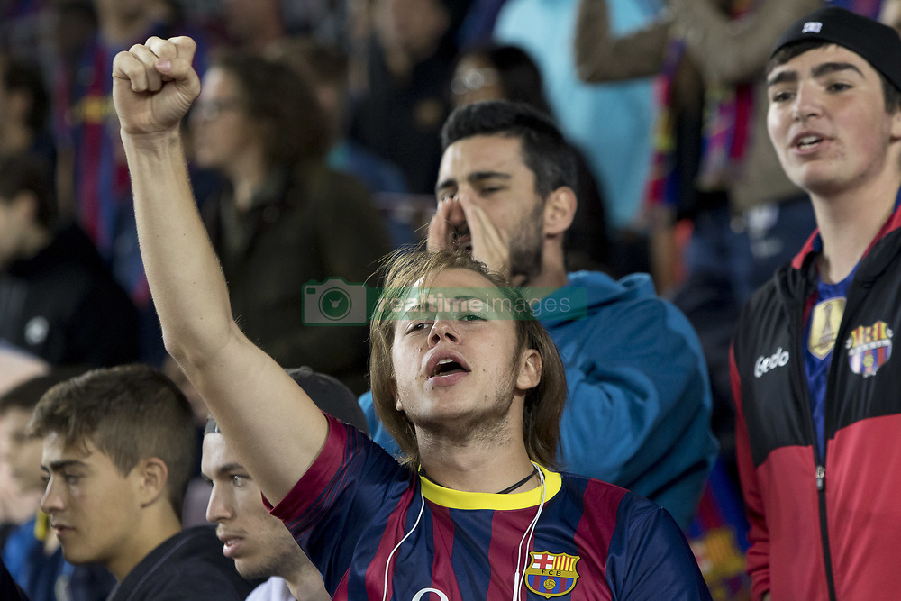 September 9, 2017 - Barcelona, Catalonia, Spain - Barcelona's supporters claiming independence during the spanish league match between the FC Barcelona and the RCD Espanyol in the Camp Nou Stadium in Barcelona, Spain on September 9, 2017  (Credit Image: © Miquel Llop/NurPhoto via ZUMA Press)