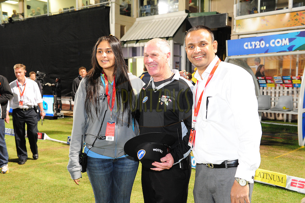 Rudi Koertsen with CLT  members  during match 20 of the Airtel CLT20 between The Superkings and The Warriors held at St Georges Park in Port Elizabeth on the 22 September 2010..Photo by: Iky/SPORTZPICS/CLT20