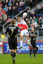 08-11-2009 VOETBAL: FC UTRECHT - HEERENVEEN: UTRECHT<br /> Utrecht verliest met 3-2 van Heerenveen / Jacob Lensky<br /> ©2009-WWW.FOTOHOOGENDOORN.NL
