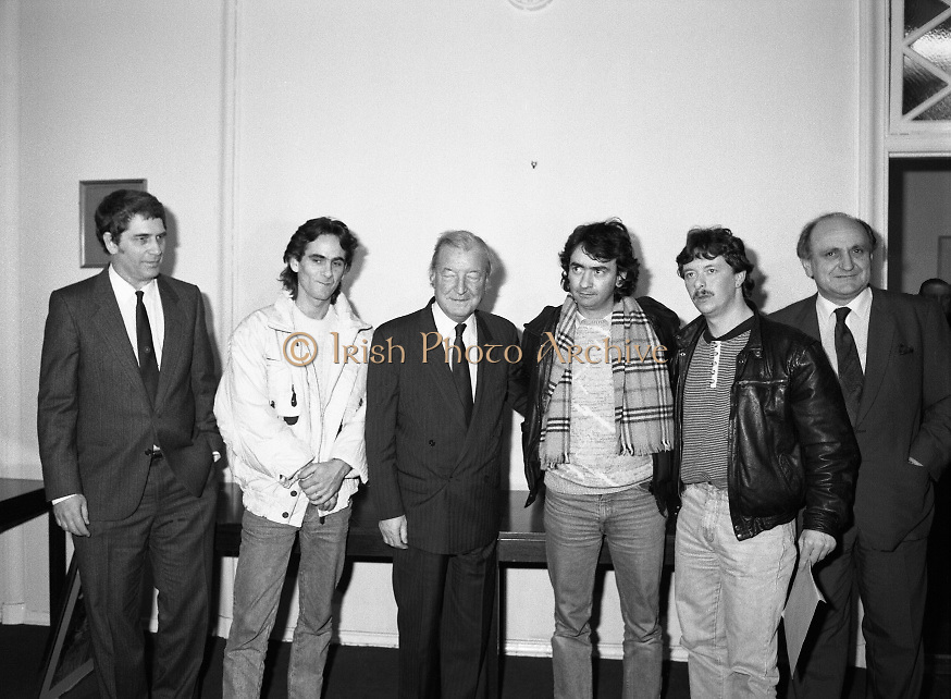 Taoiseach Meets With Guildford Four.   T9..1989..03.11.1989..11.03.1989..3rd November 1989..An Taoiseach, Charles Haughey TD,met  with Paul Hill and Gerard Conlon,two of the Guildford Four. The Guildford Four had been wrongly convicted of a pub bombing and were subsequently released on appeal after 14 years. They had not been compensated for their time in prison and were meeting with the Taoiseach to highlight the injustices they had suffered...At the photocall, image includes Paul Hill, Charles Haughey TD,Gerard Conlon and Gerry Collins TD.