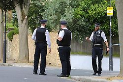 © Licensed to London News Pictures. 19/09/2018. London, UK. Police at the crime scene at Corinne Road, Tufnell Park, north London, where a man in his 20s was fatally stabbed on Tuesday evening. Photo credit: Dinendra Haria/LNP