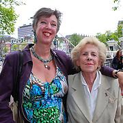 NLD/Amsterdam/20110731 - Premiere circus Hurricane met Hans Klok, Jetty Paerl en dochter Anne-Rose Bantzinger