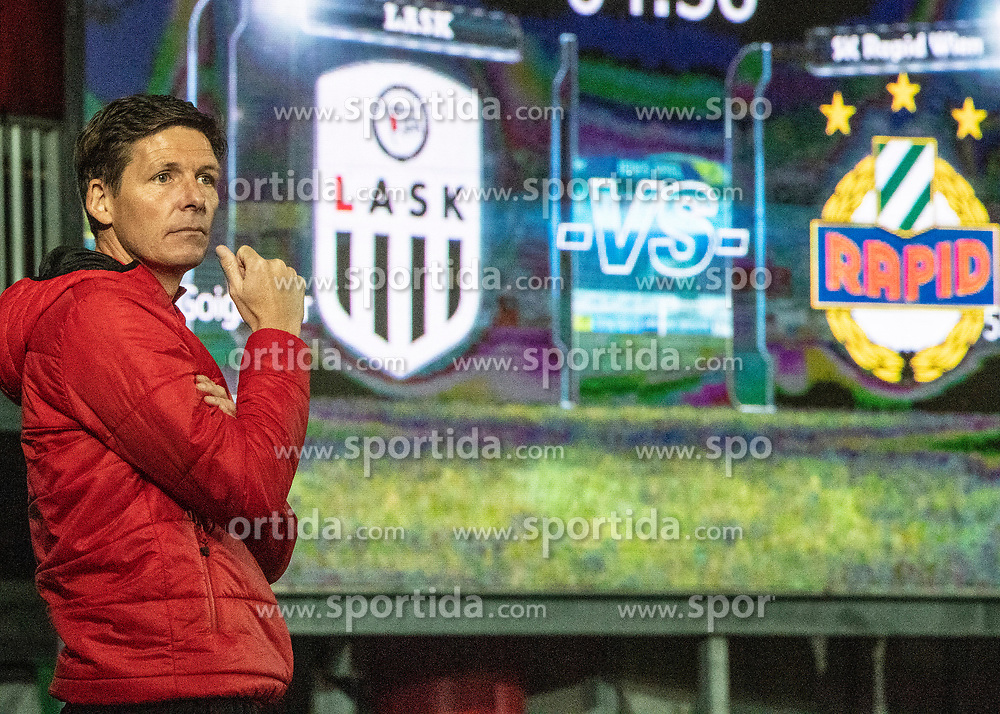 03.04.2019, TGW Arena, Pasching, AUT, OeFB Uniqa Cup, LASK vs SK Rapid Wien, Halbfinale, im Bild Trainer Oliver Glasner (LASK) // during the halffinal match of the ÖFB Uniqa Cup between LASK and SK Rapid Wien at the TGW Arena in Pasching, Austria on 2019/04/03. EXPA Pictures © 2019, PhotoCredit: EXPA/ Reinhard Eisenbauer
