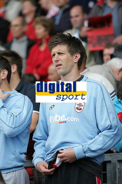 Photo: Lee Earle.<br /> Southampton v Derby County. Coca Cola Championship. Play Off Semi Final, 1st Leg. 12/05/2007.Southampton's Grzegorz Rasiak started on the bench.