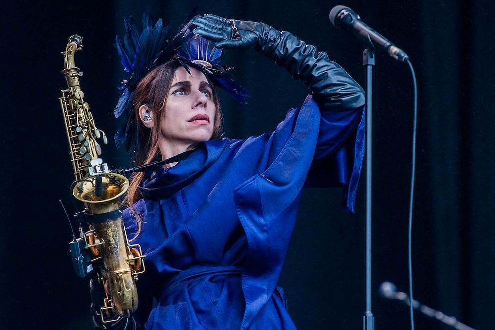 PJ Harvey plays the Other Stage - The 2016 Glastonbury Festival, Worthy Farm, Glastonbury.