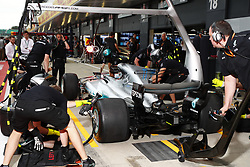 July 13, 2017 - Silverstone, Great Britain - Motorsports: FIA Formula One World Championship 2017, Grand Prix of Great Britain, .. Mechanic of Mercedes AMG Petronas F1 Team during pit stop training  (Credit Image: © Hoch Zwei via ZUMA Wire)