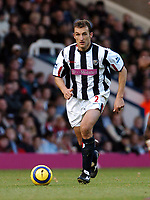 Fotball<br /> Premier League 2004/05<br /> West Bromwich Albion v Middlesbrough<br /> 14. november 2004<br /> Foto: Digitalsport<br /> NORWAY ONLY<br /> RICARDO SCIMECA WEST BROMWICH ALBION 2004/05