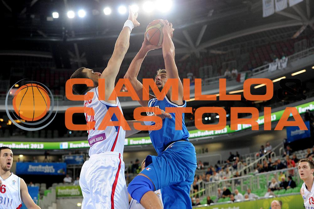 DESCRIZIONE : Lubiana Ljubliana Slovenia Eurobasket Men 2013 Finale Settimo Ottavo Posto Serbia Italia Final for 7th to 8th place Serbia Italy<br /> GIOCATORE : Marco Belinelli<br /> CATEGORIA : tiro shot<br /> SQUADRA : Italia Italy<br /> EVENTO : Eurobasket Men 2013<br /> GARA : Serbia Italia Serbia Italy<br /> DATA : 21/09/2013 <br /> SPORT : Pallacanestro <br /> AUTORE : Agenzia Ciamillo-Castoria/C.De Massis<br /> Galleria : Eurobasket Men 2013<br /> Fotonotizia : Lubiana Ljubliana Slovenia Eurobasket Men 2013 Finale Settimo Ottavo Posto Serbia Italia Final for 7th to 8th place Serbia Italy<br /> Predefinita :
