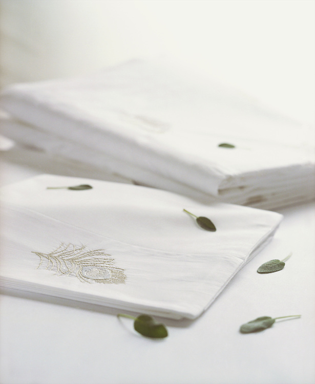 1461_4.tif, Libellule Embroidered Sheets