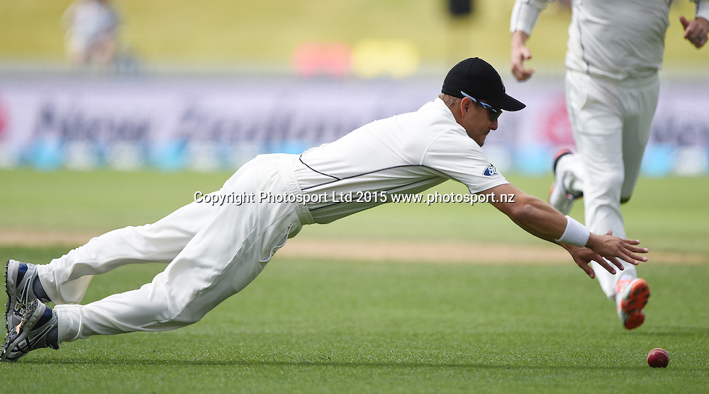 Neil Wagner fielding on day 3 of the 2nd cricket test match between New Zealand Black Caps and Sri Lanka at Seddon Park in Hamilton, New Zealand. Sunday 20 December 2015. Copyright photo: Andrew Cornaga / www.photosport.nz