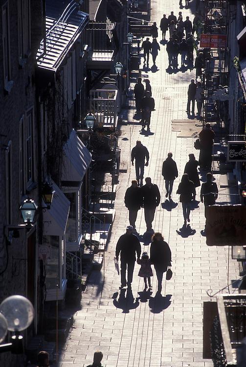 Canada, Quebec, Quebec City, Sunday shopping in Quartier Petit Champlain, Vieux-Quebec on winter morning