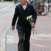 NLD/Amsterdam/20110722 - Afscheidsdienst voor John Kraaijkamp, Karel de Rooij