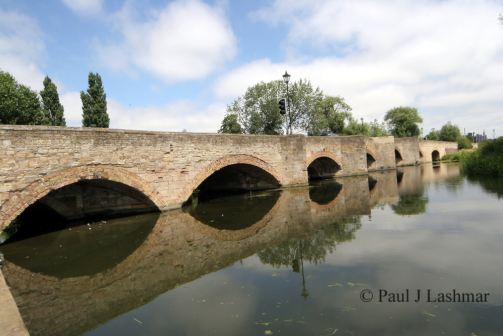 The seven sisters bridge over the River Nene between the village of Islip and the Market town of Thrapston in East Northamptonshire