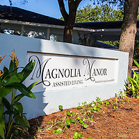 Magnolia-Manor
