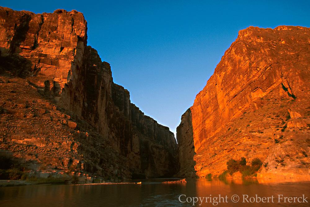 MEXICO, COAHUILA STATE Santa Elena Canyon on Rio Grande